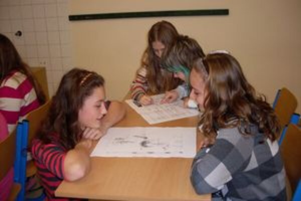 Na školeniach o životnom prostredí, ktoré pripravilo Občianske združenie Tatry,  sa zúčastnilo viac ako sedemsto mladých ľudí.