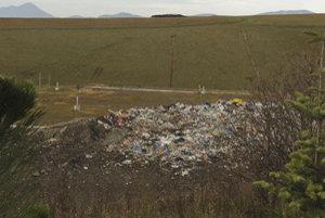 Skládka tuhého komunálneho odpadu vo Veternej Porube má rozlohu takmer 75-tisíc metrov štvorcových.