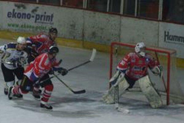 Liptovský Mikuláš nemal žiadny problém so Spišskou Novou Vsou a po výsledku 4:1 sa tešil tiež z účasti vo finále play-off I. ligy.