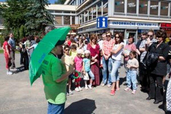 Liptovský Mikuláš sa už druhýkrát zaradí medzi slovenské mestá, v ktorých sprievodcovia priblížia svoju prácu bezplatnými sprievodcovskými službami. Hlavné podujatia budú vo štvrtok 24. februára.