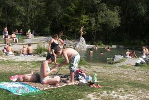 Zákazník dobré služby ocení všade - pri vode, dovolenkových cestách, v horách, hoteloch i chatkách.