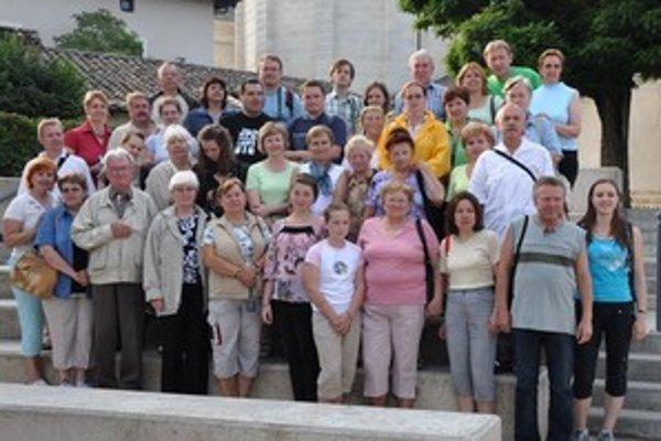 Počas prázdnin putovali za poznaním a duchovnými zážitkami študenti a učitelia z ružomberského Gymnázia sv. Andreja aj rodičia študentov.