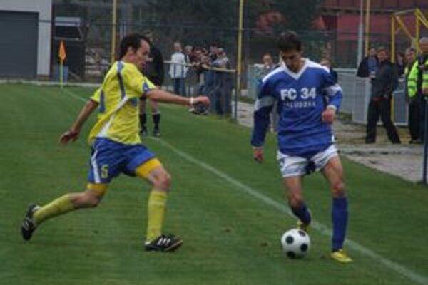 Bešeňová minulú nedeľu doma privítala Palúdzku. Derby zápasy sa hrajú aj dnes.