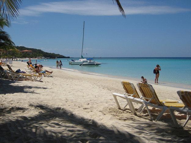Pláž West Bay, Roatan, Honduras