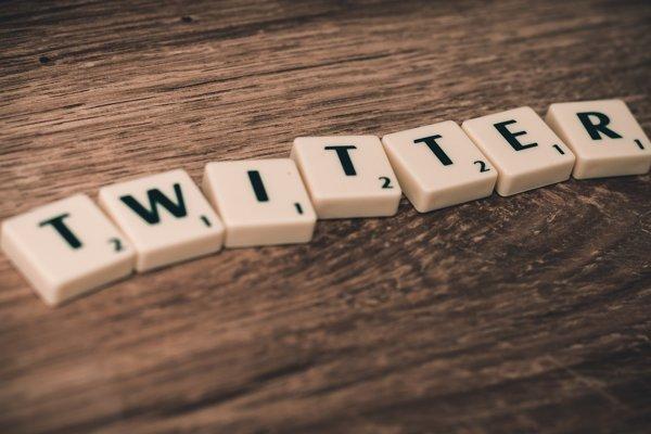 Twitter prvýkrát zverejnil aj počet denných používateľov.