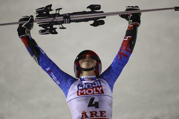 Petra Vlhová sa raduje z titulu majsterky sveta v obrovskom slalome.