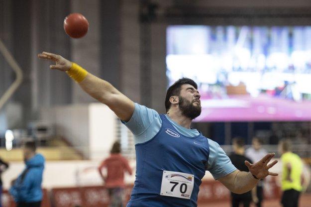 Adrián Baran získal guliarsky titul.