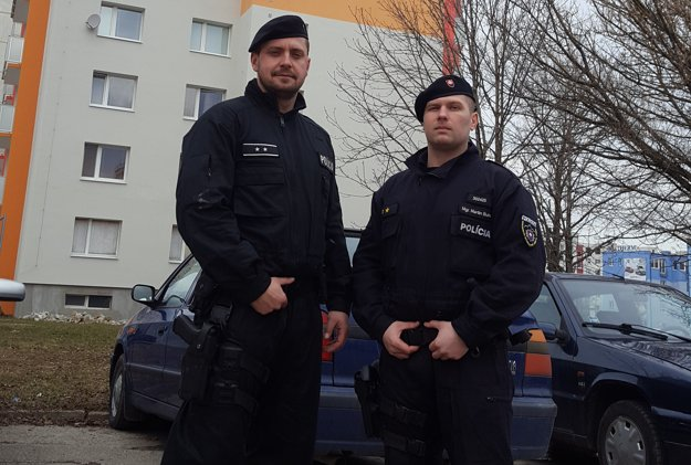 Policajti, ktorí zachránili život 32-ročného Františka.