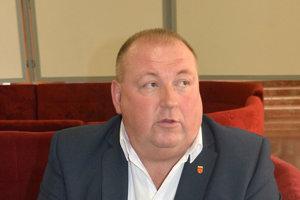 Burdiga kritizoval župu, že o verejnom vypočutí kandidátov sa nedozvedel.