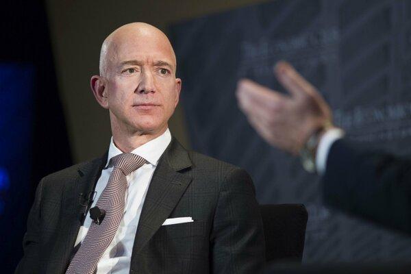 Na prvej priečke ostáva Jeff Bezos.