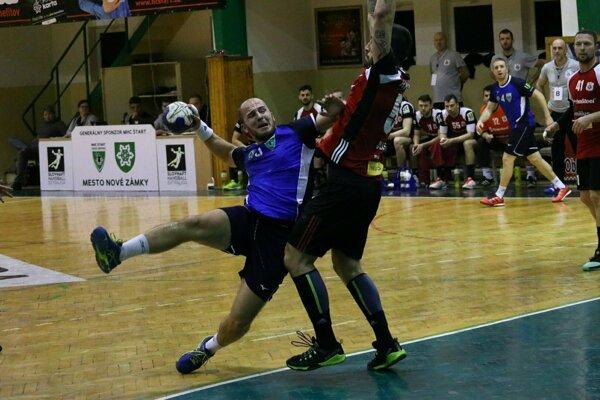 Záber zo zápasu Nové Zámky - Šaľa v základnej časti.