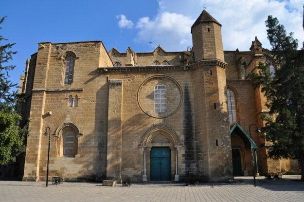 Lefkosa - niekdajšia katedrála, dnes mešita