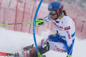Petra Vlhová počas slalomu v Špindlerovom Mlyne.
