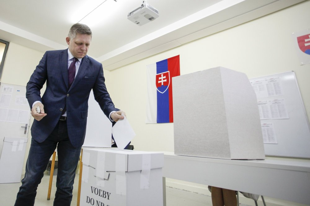 Fico odvolil na Základnej škole Alexandra Dubčeka.