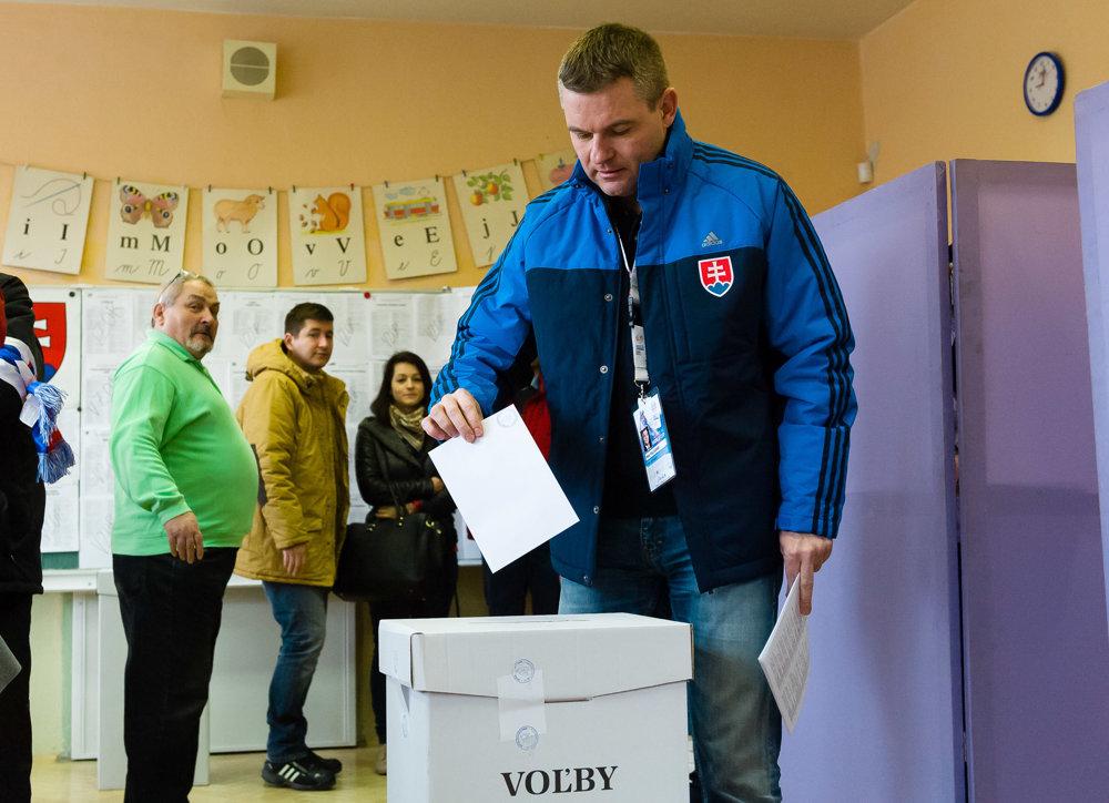 Predseda Národnej rady Peter Pellegrini odhlasoval pod Chopkom v obci Demänová.