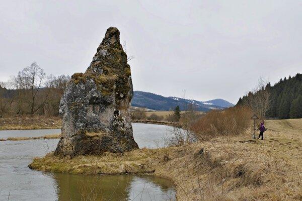 Unikátny kamenný útvar je vyhľadávaným turistickým miestom.