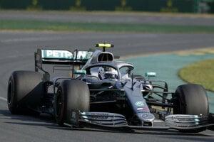 Fínsky pilot formuly 1 Valtteri Bottas na Mercedese vyhral Veľkú cenu Austrálie, úvodnépodujatie seriálu MS F1 v Melbourne 17. marca 2019.