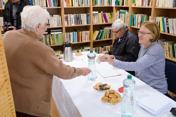 Vysoký záujem zúčastniť sa na 1. kole prezidentských volieb mali klienti Zariadenia pre seniorov Zobor v Nitre.