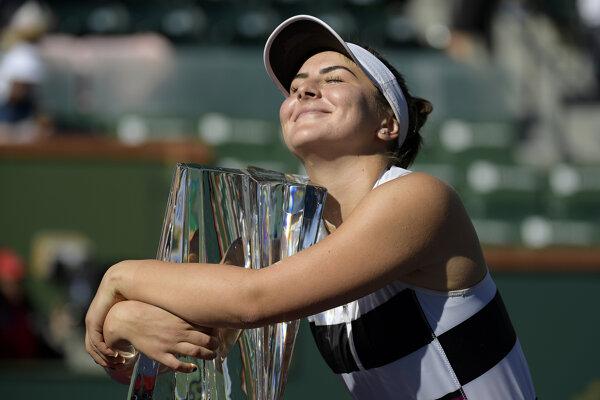 Bianca Vanessa Andreescová si zaslúžene užíva víťazstvo na turnaji v WTA Indian Wells.