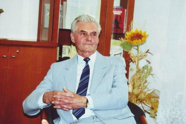 Štefan Šicko písal reportáže v Trenčianskych novinách 31 rokov.