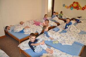 Zo 160 detí vMaterskej škole Brezovec vDolnom Kubíne sú nezaočkované len dve.