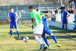 Futbalisti Jelky vyhrali v Čiernej Vode a po ďalšom zaváhaní zvýšili poradie na čele tabuľky MO Galanta.