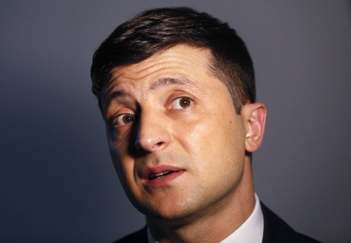 86ea535fa04db Volodymyr Zelenskyj (41) je herec, komik, producent a manažér. V  predvolebných