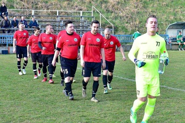 Futbalisti Chrenovej sa postarali o veľké prekvapenie - priviezli tri body z Dolných Obdokoviec.