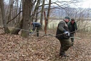 Ochranári obnovili značenie rezervácie Grúnik.