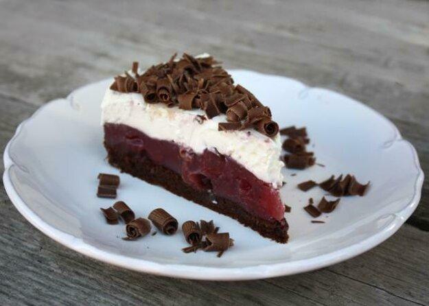 Višňovo-čokoládová torta