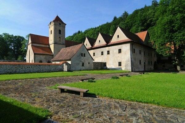 Červený kláštor, jedna z historických perál Zamaguria.