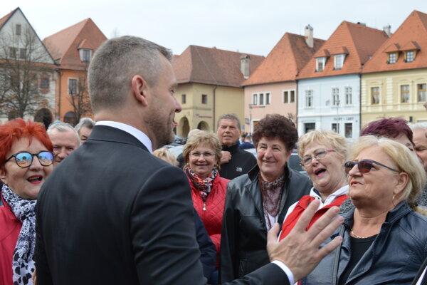 V Bardejove vítali premiéra Petra Pellegriniho (Smer-SD) potleskom.