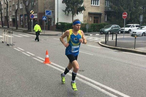 Rastislav Kalina na trati ČSOB Maratónu.