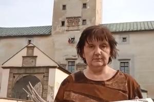 Jana Kurucárová s našimi - vašimi MY Žilinskými novinami.