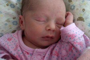 Dominika Klimešová (2700 g, 48 cm) sa narodila 12. apríla Kataríne a Jurajovi z Nového Mesta nad Váhom.