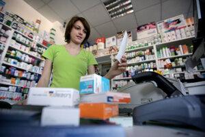 Informácie z vernostných systémov o nákupe liekov či drogérie finančná správa neuvidí, reťazce ich neplánujú posielať do eKasy.