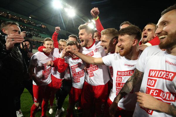 Futbalisti 1. FC Kolín sa tešia, že sa po ročnej prestávke opäť predstavia v nemeckej bundeslige vo Fürthe 6. mája 2019.