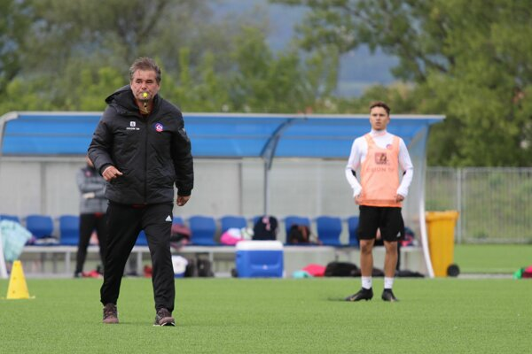 Mužstvo zo zlej formy nevytrhol ani tréner Ivan Galád.