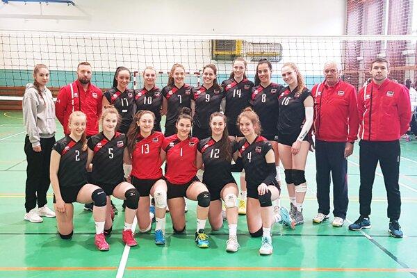 Juniorské volejbalistky COP Nitra absolvovali M-SR v Leviciach. Medailové ambície nenaplnili.