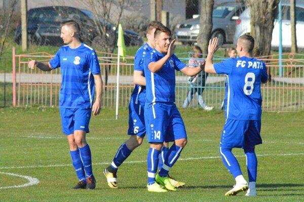 Futbalisti Paty nedali Rumanovej žiadnu šancu, vyhrali 6:0.