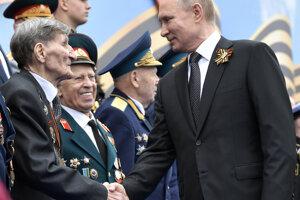Putin pozdravil vojnových veteránov.