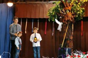 Peter Olejár (vľavo), Nikolas a Erikom a Edo Drewo.