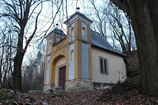 O priazeň hlasujúcich sa uchádza aj projekt obnovy historickej kaplnky v Horných Kočkovciach.