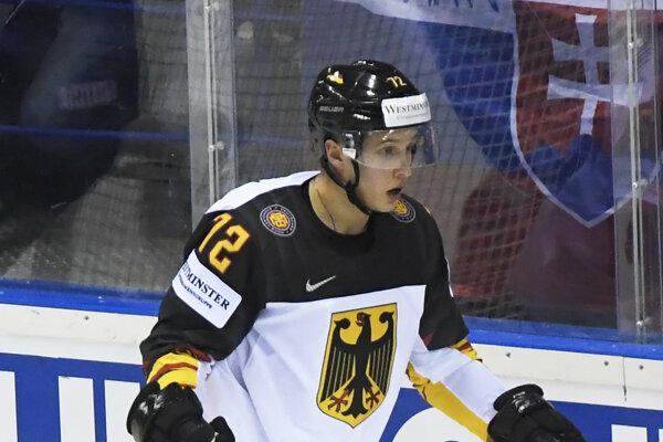 Dominik Kahun počas MS v hokeji 2019.