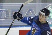 Kaapo Kakko, strelec vyrovnávajúceho gĺu na 1:1 v zápase Fínsko - Dánsko na MS v hokeji 2019.