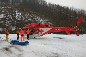 Častokrát zraneným poskytla pomoc aj Vrtuľníková záchranná zdravotná služba ATE Žilina.