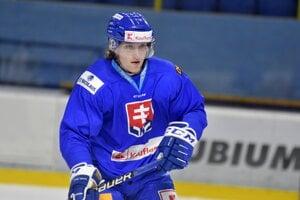 Samuel Buček počas tréningu na zraze slovenskej hokejovej reprezentácie.