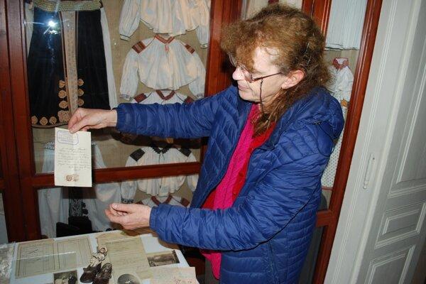 Organizátorka výstavy Ľubica Kusendová