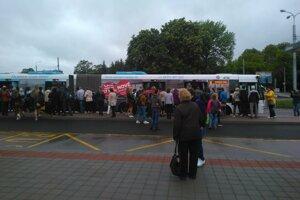 Tento autobus mimoriadnej linky H bol počas štrajku zamestnancov DPMK jedinou záchranou pre mnohých cestujúcich.