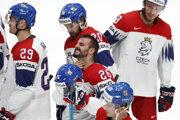 Českí hokejisti po semifinálovom zápase s Kanadou na MS v hokeji 2019.